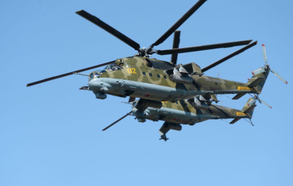 Ми-24 – один из самых массовых боевых вертолетов в мире - принимал активное участие в войне в Афганистане.  До сих пор он остается одним из основных боевых вертолетов российских ВВС: всего в строю 620 машин.