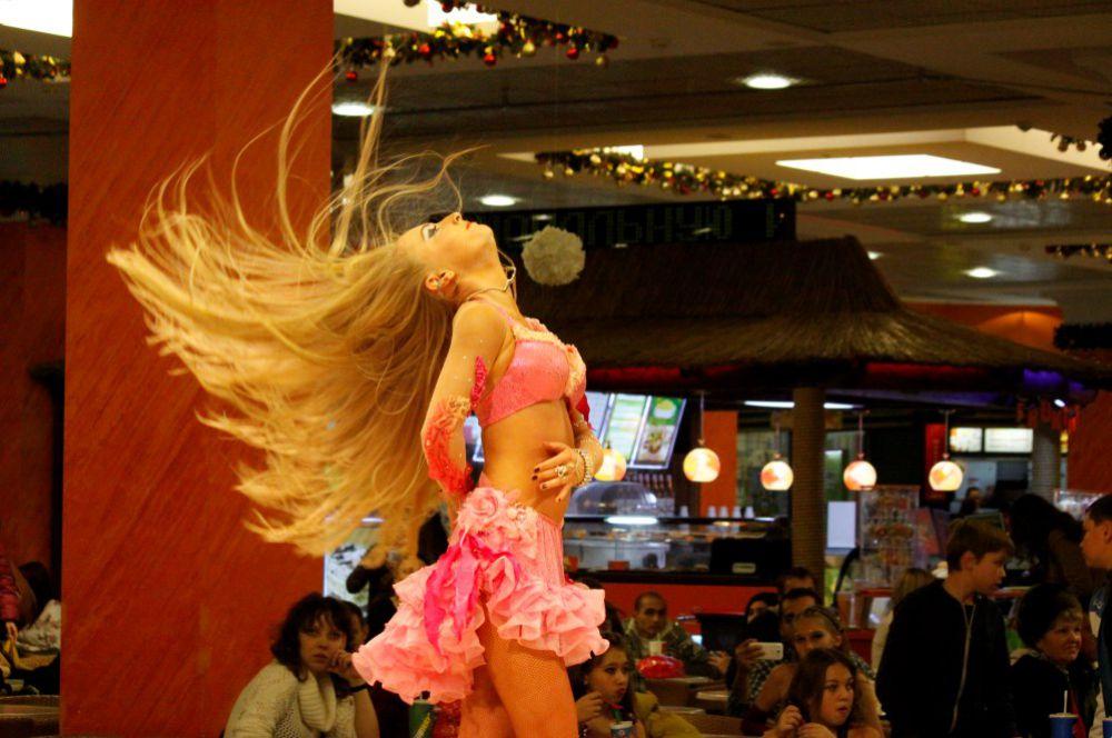 В облике танцовщицы всё должно быть гармоничным.
