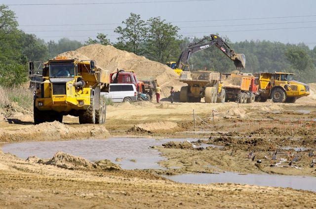Стройплощадка будущего стадиона в Калининграде.