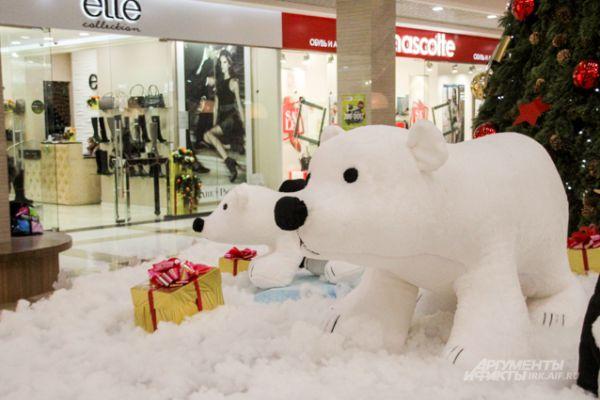 Белые медведи тоже символ Нового года.