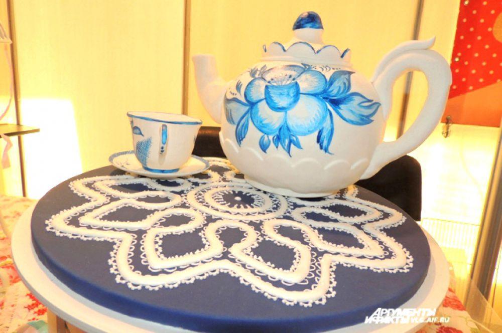 Универсальный набор к чаю – и попил и закусил.