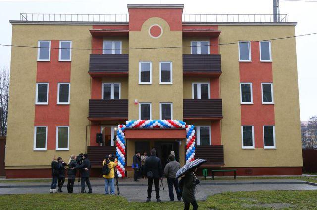 В дом №5 на улице Мира в Чкаловске в скором времени переедут 12 семей, переселяемых из аварийного жилья.