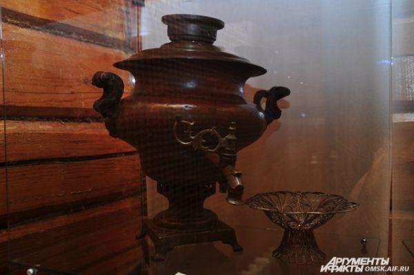 В Омске открылась выставка самоваров.