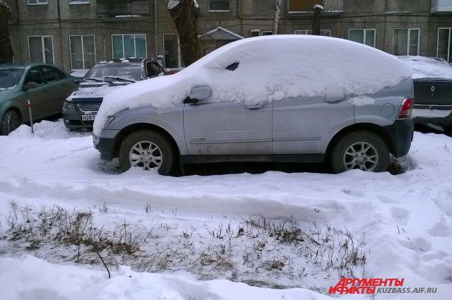 Снег на улицах