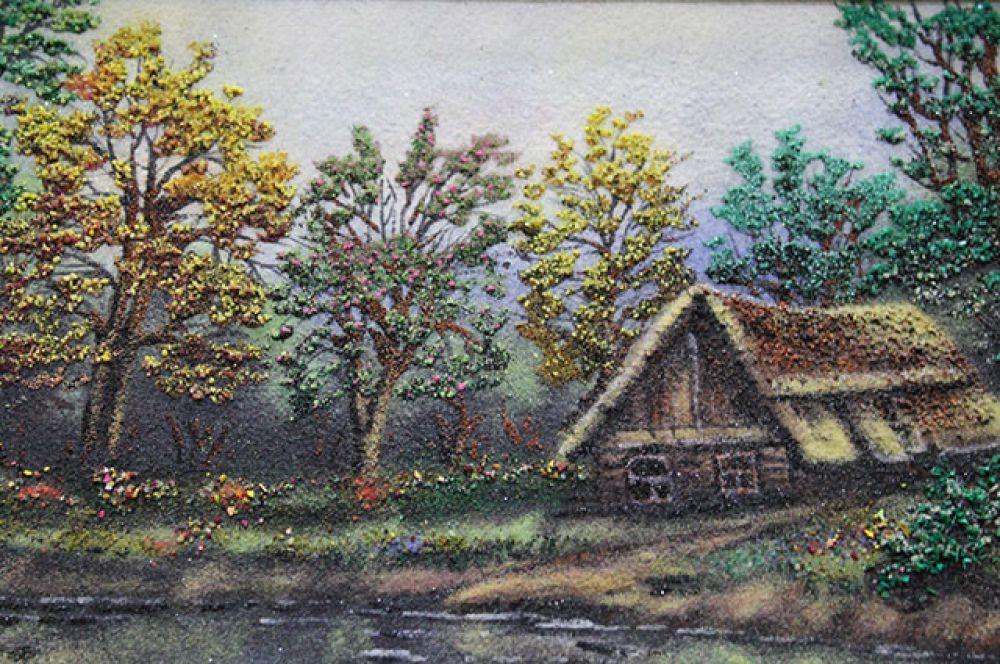 Детство автора прошло в Курской глубинке.