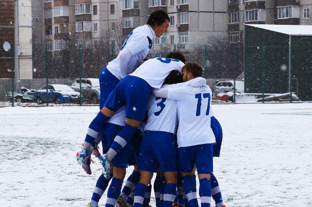 ФК «Олимпик» празднует победу