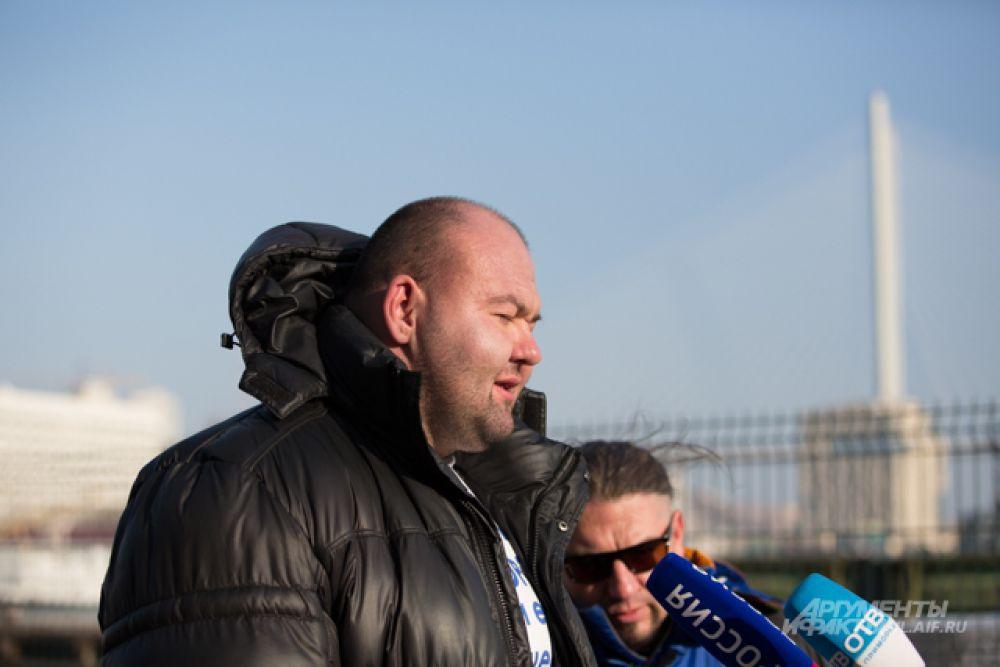 Иван Савкин отвечает на вопросы журналистов.