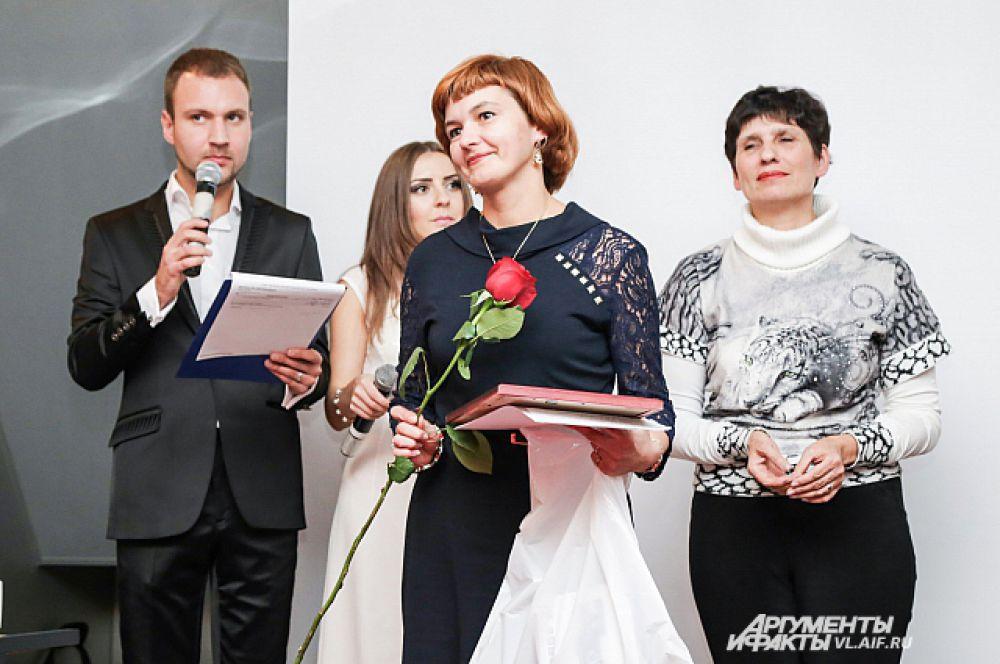 Дипломанты радовались наградам и признанию таланта.
