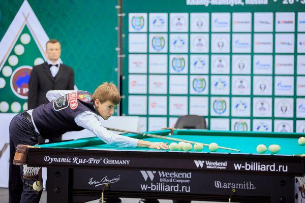 18-летний Сергей Крыжановский из Молдовы стал первым среди мужчин. В финале он обыграл бильярдиста из Украины Александра Паламаря.