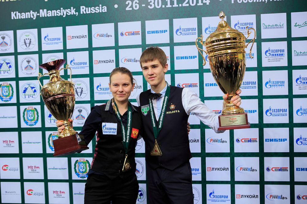 Диана Миронова и Сергей Крыжановский получили именные кубки и денежные призы в размере 450 тысяч рублей.