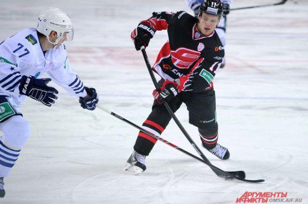 «Авангард» обыграл «Адмирал» из Владивостока со счётом 4:3.