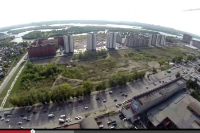 Географический центр Новосибирска - в правой части снимка.