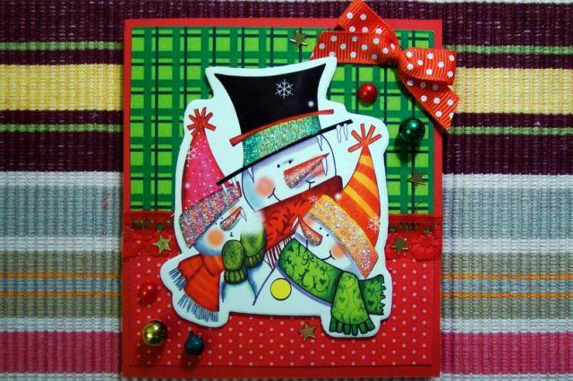 Маленькие омичи могут поздравить ХК «Авангард» с Новым годом открыткой, сделанной своими руками.