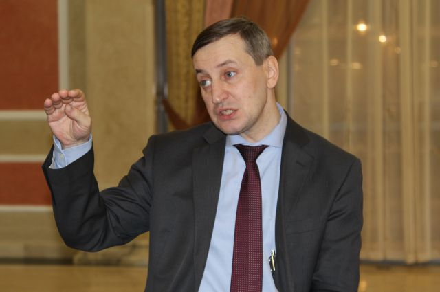 C.Хестанов дал прогноз рублю в 2015 году