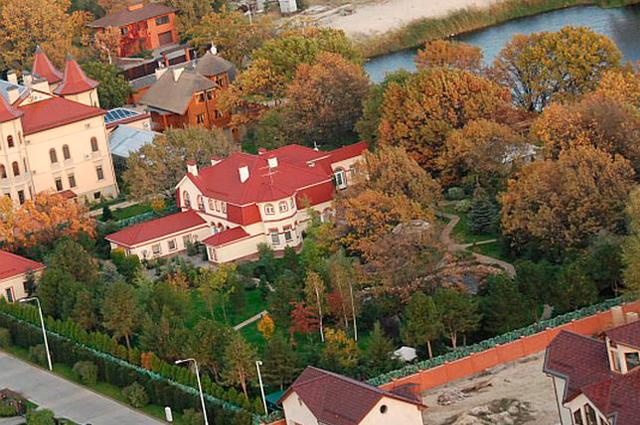 Резиденции чиновников в Конче-Заспе