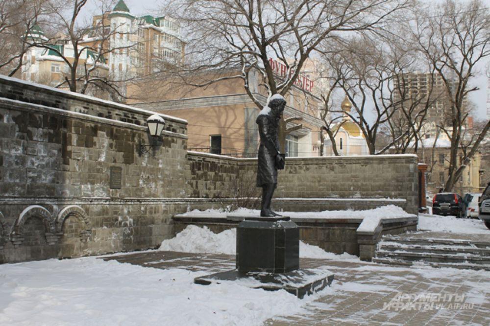 Памятник Пушкину был установлен лишь в ХХI веке.