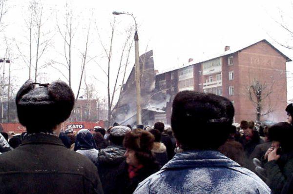 Транспортный самолет Ан-124 «Руслан» не смог взлететь с аэродрома Иркутского авиазавода и упал на жилой массив недалеко от места взлета.