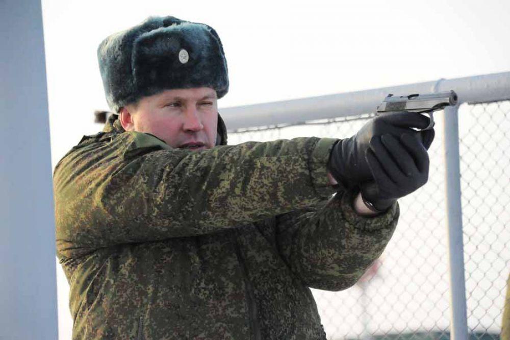 Стрельба из пистолета Макарова входила в программу соревнований.