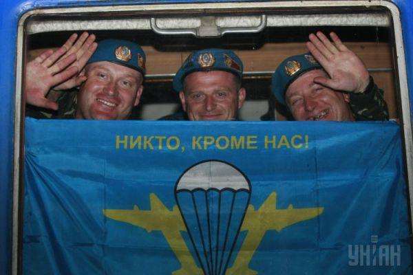 Украинская армия известна тем, что принимает участие в международных военных учениях и миротворческих операциях. В 2012 году отмечалась 20-я годовщина участия Украины в подобных мероприятиях
