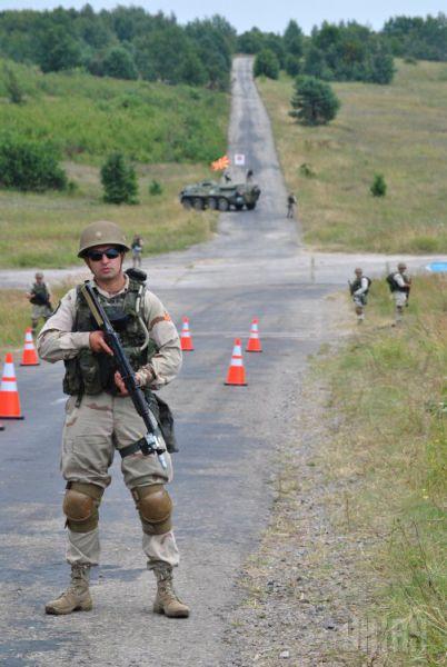 Интересный факт о гендерном характере украинской армии. К концу 2013 года соотношение женщин и мужчин в Вооруженных силах было 27% на 73% соответственно