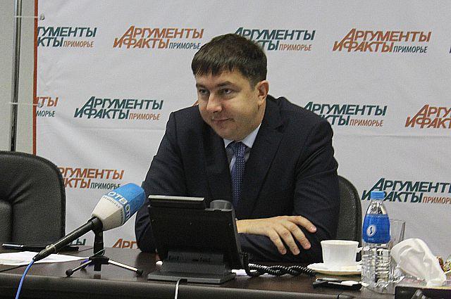 Павел Серебряков отвечает на звонки читателей АиФ.