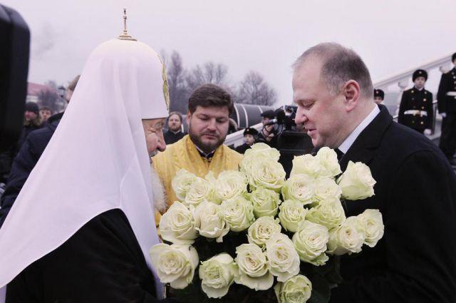 Патриарха в Храброво встречал лично губернатор Николай Цуканов.