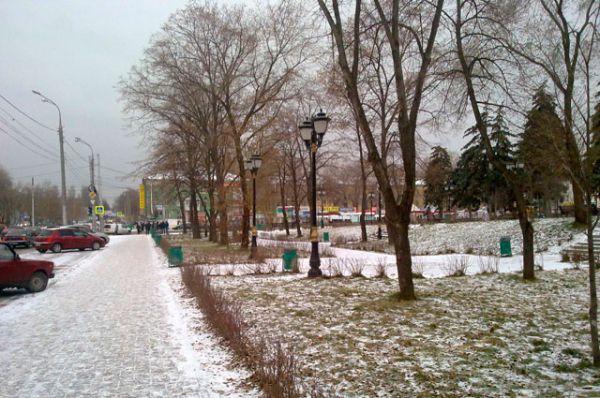 В Самаре зима наступает осторожно. Снег начал выпадать только в начале декабря.
