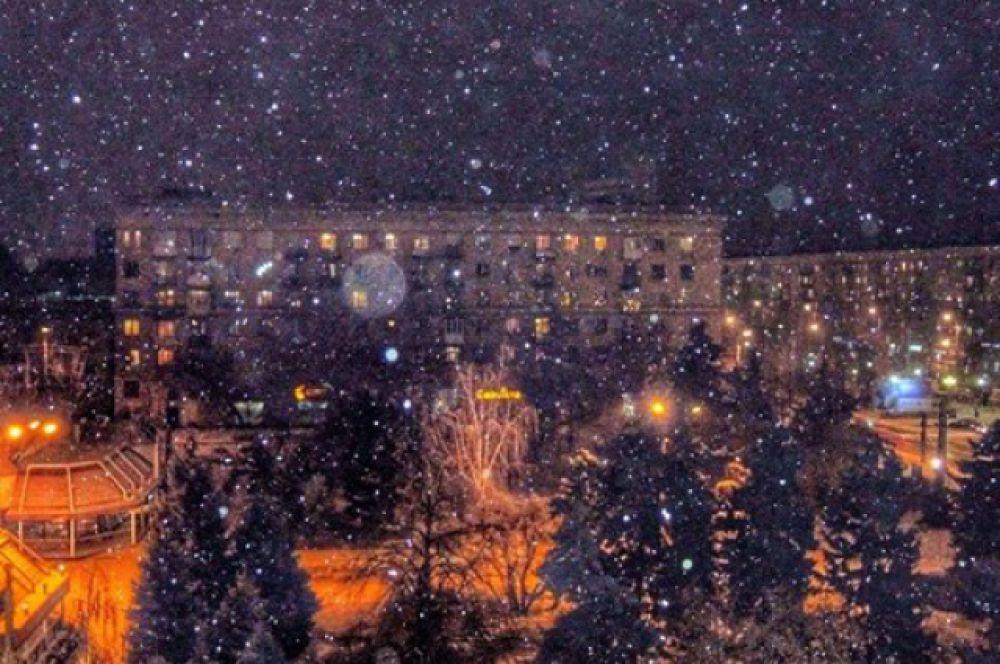 Снег в Волгограде выпал вечером 7 декабря.