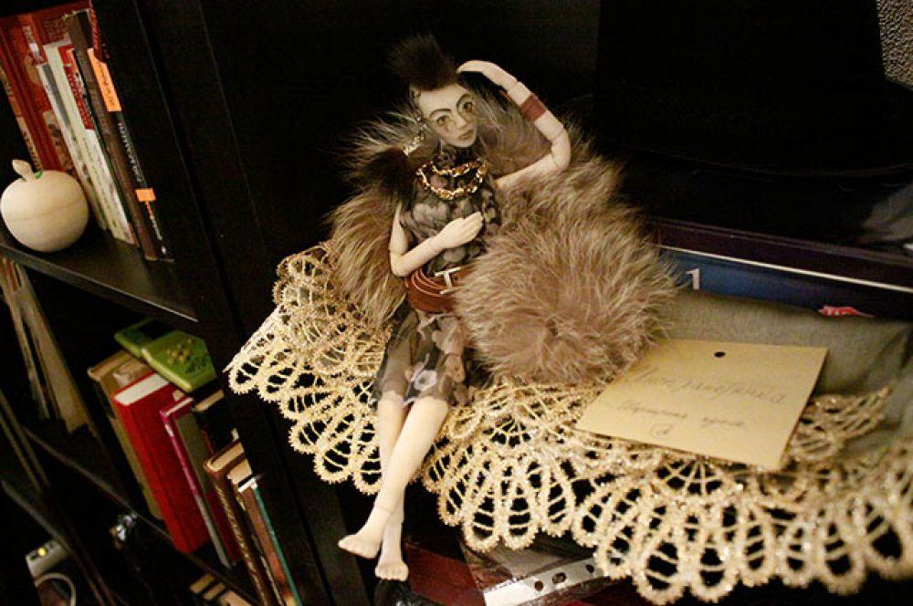 Кукла Инопланетянка - одна из последних работ автора.
