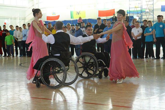 Чтобы танцевать, нужны не ноги, а душа, считают ульяновские танцующие инвалиды