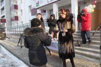 Вручение ключей от новых квартир детям-сиротам из Иркутска.