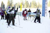 Мороз не напугал лыжников, и они пробежали свободным стилем 1 км.