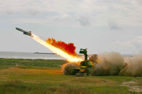 Для обеспечения безопасности страны в арктической зоне сформированы группировки войск на островных территориях России в Арктике, в том числе на Новой Земле, Новосибирских островах, острове Врангеля, а также на мысе Шмидта. Эти группировки сведены в объединенную тактическую группу, которая оснащена современным вооружением и военной техникой, в том числе береговыми ракетными комплексами «Рубеж». Этот комплекс способен перейти в боевую готовность всего за 5 мин и вести прицельный огонь по судам противника.