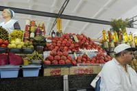 Продавцы на Дорогомиловском рынке в Москве.