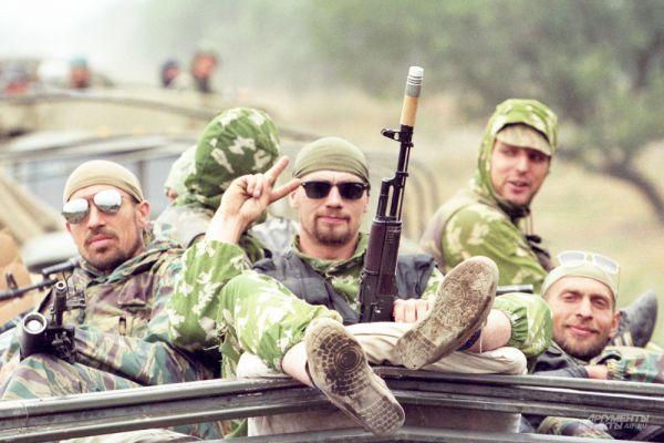 По данным штаба Объединённой группировки федеральных сил в ходе первой чеченской кампании погибли более 4000 военнослужащих, 1230 человек пропали без вести, 19794 получили ранения.