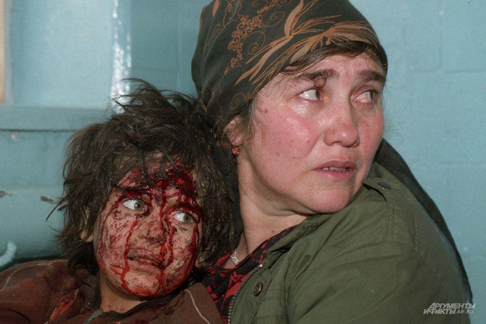 По оценке Госкомстата РФ, в ходе войны погибли от 30 до 40 тысяч мирных жителей Чеченской республики.