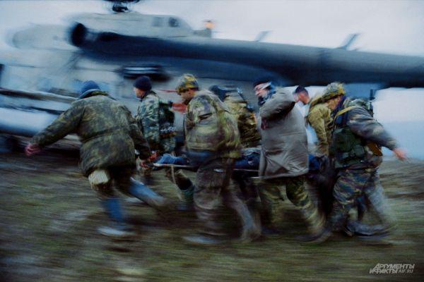 31 августа 1996 года в Дагестане были подписаны Хасавюртовские соглашения о перемирии. Российские войска полностью выводились из Чеченской республики, а решение о ее статусе было отложено до 31 декабря 2001 года.