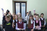 Ученики 4 «А» класса школы № 57 на «Празднике Варежки».