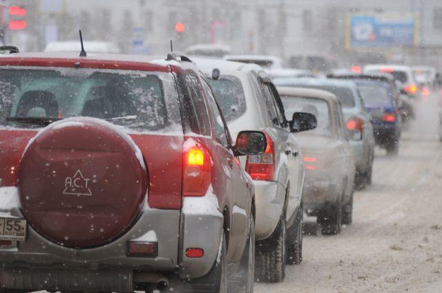 Пробки в Омске - частое явление.