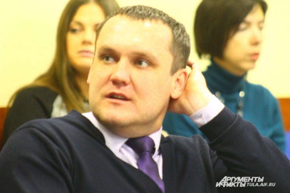 Сергей Митусов считает, что если человек не хочет работать качественно, его не заставишь это делать. Для этого надо менять менталитет.