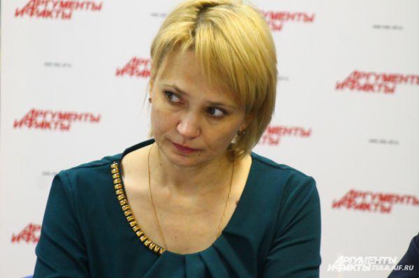 Ольга Громенко с большим вниманием отнеслась ко всем предложениям участников круглого стола и отметила их важность.