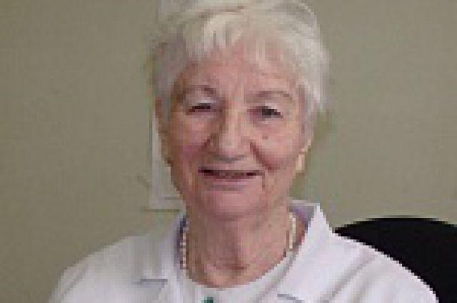 Валентина Бурачевская, врач-торакальный хирург Областной клинической больницы, в профессии - 56 лет.