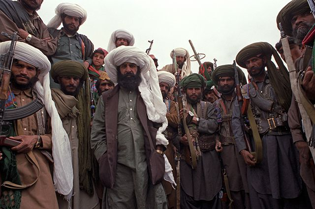 Воины банды белуджей под Кандагаром. Афганистан. 1988 г.