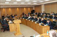 Приморские парламентарии утверждают бюджет на 2015 год.