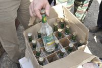 Изъятая партия контрафактной водки.