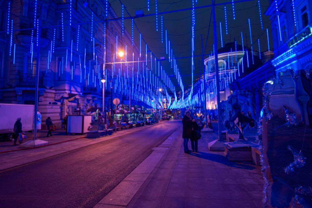 Новогодние иллюминация на улице Большая Дмитровка.
