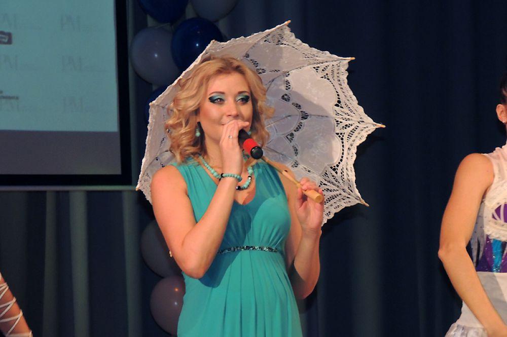 Алсу Шаварова покорила публику проникновенным исполнением песни.