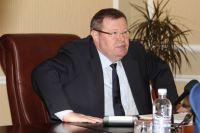 Полпред Владимир Устинов провел прием граждан