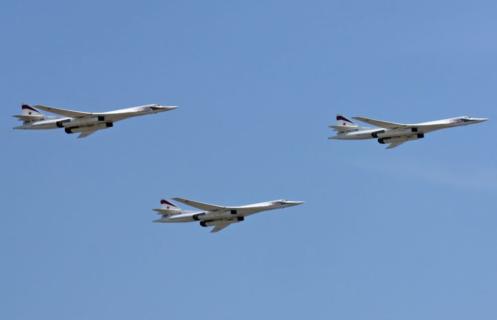 В составе ВВС России на начало 2013 года находится 16 самолётов Ту-160.