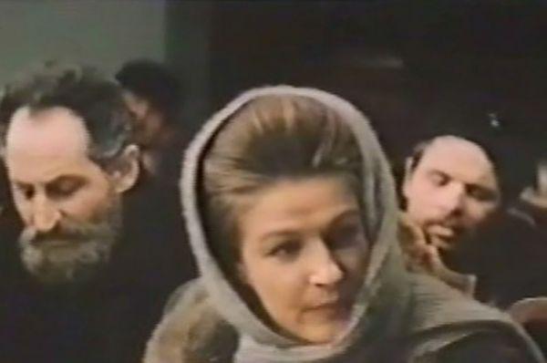 В 1960 году Светлана окончила актёрский факультет ВГИКа (мастерская О. И. Пыжовой и Б. В. Бибикова). А в 1969 году окончила режиссёрский факультет (мастерская И. В. Таланкина), защитив диплом фильмом «Зинка» (сценарий Б. Мажаева). В этом же году начала работать режиссёром на киностудии «Мосфильм».
